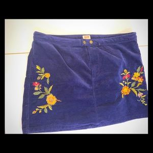 Navy blue plus size 18 stitching embroidery skirt